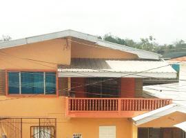 Idyllic Apartments, Jerningham Junction (in de buurt van San Fernando)