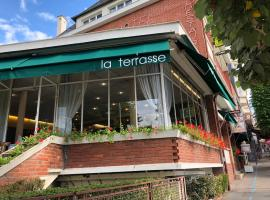 Logis Terrasse Hôtel, Лизьё (рядом с городом Hermival-les-Vaux)