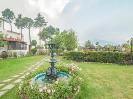 1 BR Boutique stay in Chamba, Mussoorie (216A), by GuestHouser, Chamba