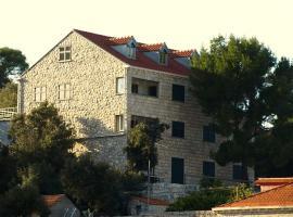 Guesthouse Pomena