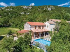Two-Bedroom Holiday Home in Roc, Roč (рядом с городом Blatna Vas)