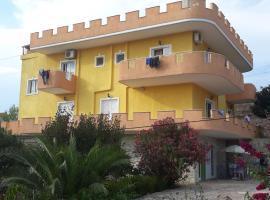 Villa-Leo
