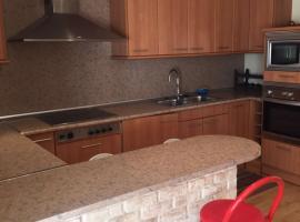 Apartamento para 6 personas con terraza en el puerto de Badalona
