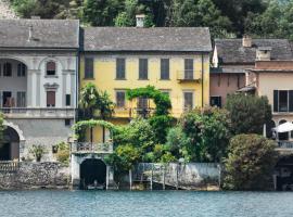 La Casa dell'Isola, Orta San Giulio (San Maurizio d'Opaglio yakınında)