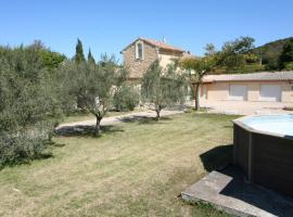 0354 La Pierre Claire 8P. Caveirac, Gard, Vénéjan