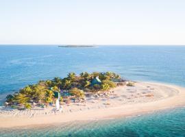 South Sea Island, Нади (рядом с городом Treasure Island)