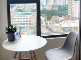 [ RiverGate ] Luxury Apt near Dist 1- Ben Thanh market || Free Sim 3G
