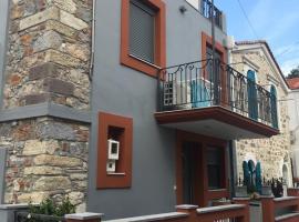 lagkada seaside restored stone built house, Lagkáda (рядом с городом Giosonas)