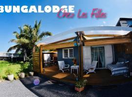 Chez Les Filles - Bungalodge, Petite Île