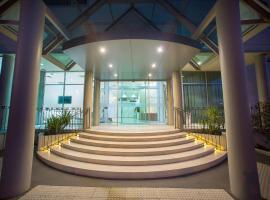 Sfera's Park Suites & Convention Centre