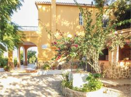 Three-Bedroom Holiday Home in Pego