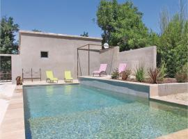 One-Bedroom Holiday Home in Montfavet