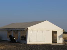 Oasis in Desert by Nova, Dhordo (рядом с городом Niruna)