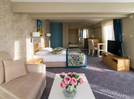 プラザ ホテル