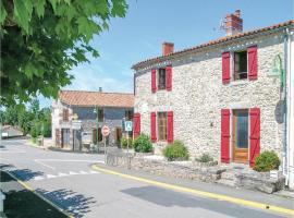 Holiday Home St Avaugourd des Lande with a Fireplace 06, Saint-Avaugourd-des-Landes (рядом с городом La Boissière-des-Landes)