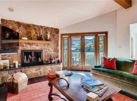 Luxury Penthouse with unique decor and Amazing Mountain Views | Westwind 404 + Westwind 404 3BD 3BA