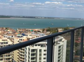 Darwin City Apartment with Harbour Views