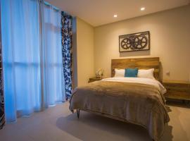 Three Bedroom Apartment - Deluxe Dubai Marina Balcony Suite