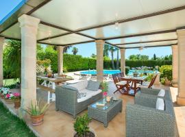Deluxe Villa Coloma