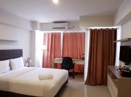 Best Price Studio Apartment The H Residence near MT Haryono By Travelio