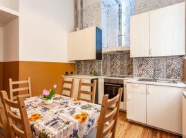 White Wall Apartment