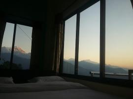 Himalayan crown lodge