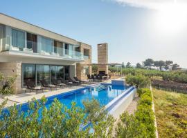 Splitska Villa Sleeps 8 Pool Air Con WiFi
