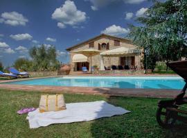 Le Tolfe Villa Sleeps 10 Pool Air Con WiFi