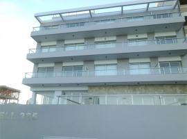 Gesell 365, Villa Gesell