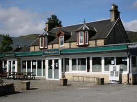 Mackenzies Highland Inn