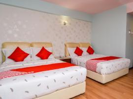 OYO 516 GRAND CT HOTEL