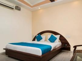 Jenus Hotel-Sindhi Camp