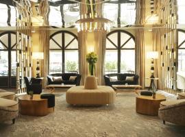 The 30 Best Hotels Near Eiffel Tower In Paris France