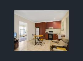 Newport Homestay & Lodge - The Apartment