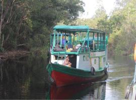 Orang Utan Houseboat 3