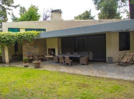 Araucaria Shared Pool Villa,Sani