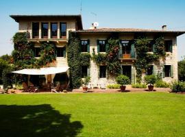 Bastia Villa Sleeps 9 Pool Air Con WiFi
