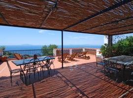 Sant'Agata sui Due Golfi Apartment Sleeps 8 Pool