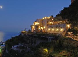 Colli di Fontanelle Villa Sleeps 12 Pool Air Con