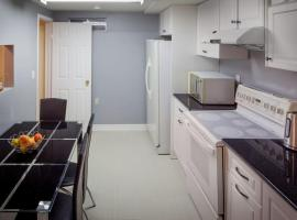 Great Stay, on a Budget (Parking +Kitchen)