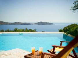 Ellinika Villa Sleeps 6 Pool WiFi
