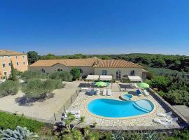 Portiragnes Villa Sleeps 12 Pool