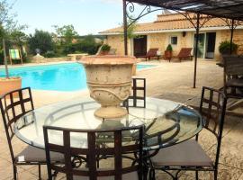 Maureilhan Villa Sleeps 8 Pool