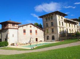 Maureilhan Villa Sleeps 14 Pool