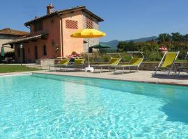 Scarperia Villa Sleeps 8 Pool Air Con WiFi