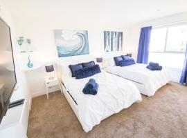 Popular Hollywood Private Master Bedroom in a New Penthouse Apt