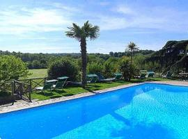 Vitorchiano Villa Sleeps 25 Pool WiFi