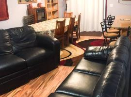 Spacious Private Guest Apt with private Entrance