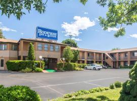 Rodeway Inn & Suites Branford