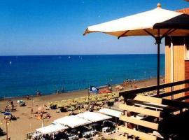 Castagneto Carducci Apartment Sleeps 4 Air Con WiFi